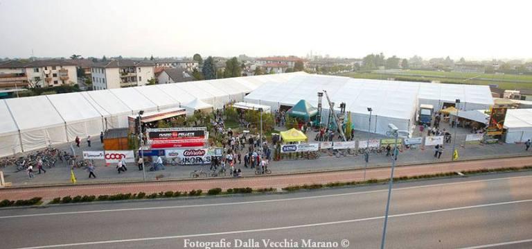00 - Mostra Artigianato 2012 - Veduta dall'alto dell'ingresso
