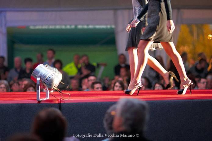 15 - Spettacoli e sfilate 2012 - Sfilata commercianti